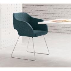 Regia - Chaise design rembourrée - piétement luge - 179 963