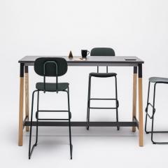 Table haute L. 121,5 x P. 70 x H. 110cm - pied bois massif